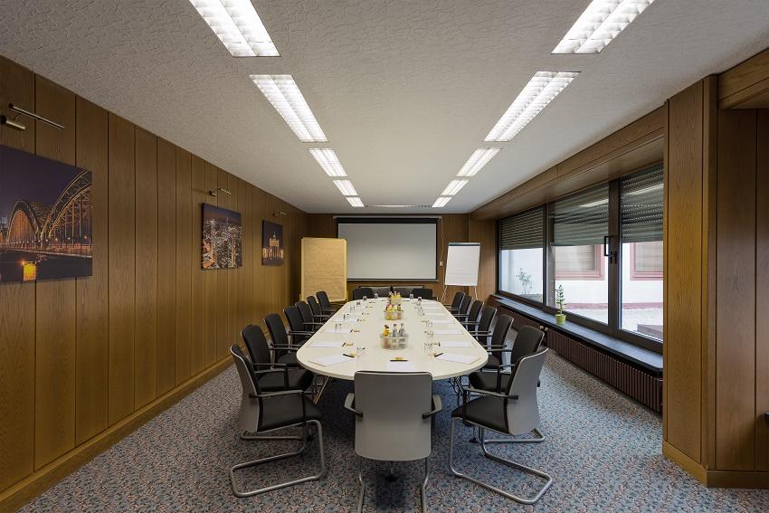 Tagungshotel mit Mainblick, Tagungshotel Frankfurt, Tagungsraum Hoechst